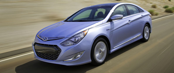 Hyundai Sonata hybride 2011: 2300 miles sur deux pleins de gaz