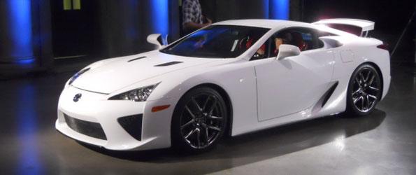La Lexus LF-A : Dix Canadiens ont eu la chance
