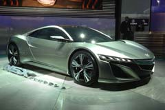 La NSX  rivaliser avec Ferrari mais pour moins d&#8217;argent