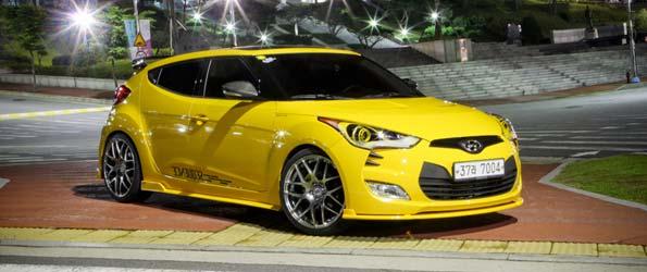 Hyundai Velosters modifiées sur les rues de Corée