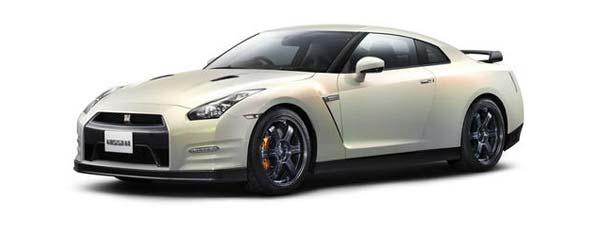 2011 GT-R Revealed in Japan